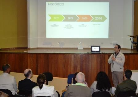 Professor Henrique Sartori apresenta histórico da UFGD
