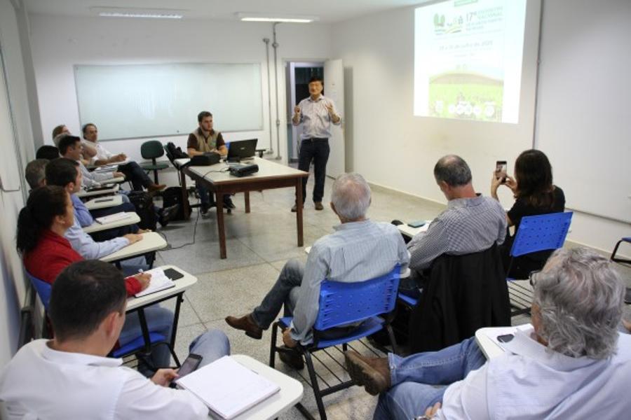 FCA recebe Federação Brasileira de Plantio Direto e Irrigação