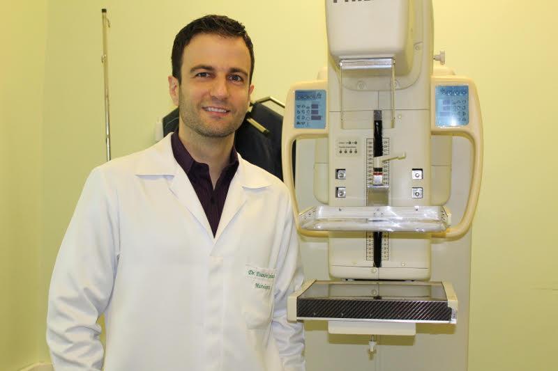 Mastologista do HU-UFGD, Dr. Evandro Cagnazzo