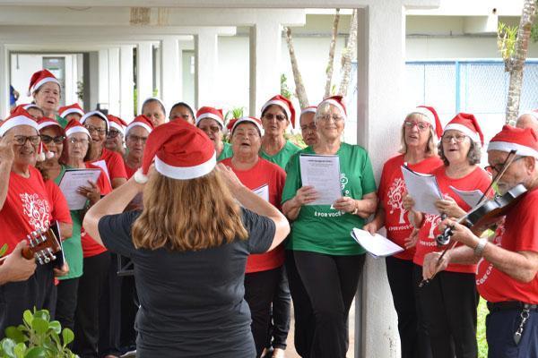 UFGD em clima de Natal continua com programação até o dia 15