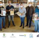 Parceria UFGD e IFMS entrega protetores faciais 14